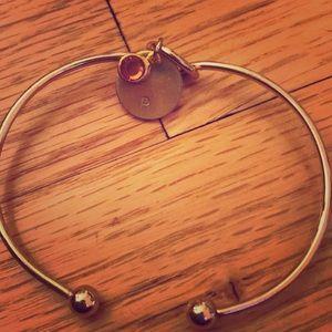 P Bracelet, Gold